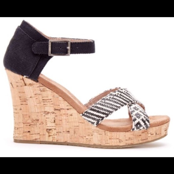 b9cac04baf3 TOMS Strappy cork wedges shoes black white